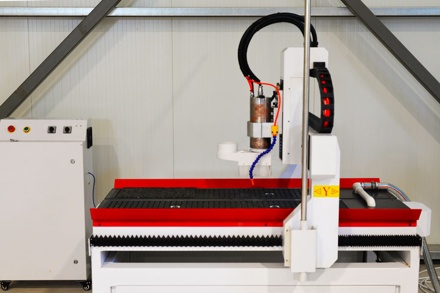 CNC router for machining